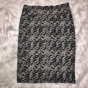 Lularoe black &white floral pencil skirt medium